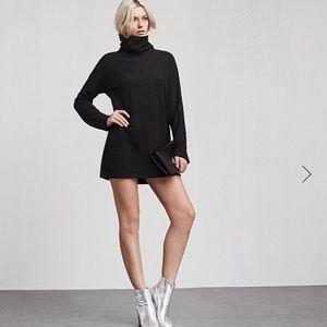 Reformation hazel dress  size xs